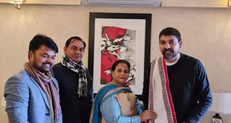 श्री प्रदीप सांगवान जी के निवास पर पहुंच कर उन्हें बधाई