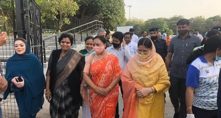 भाजपा के राष्ट्रीय अध्यक्ष श्री जेपी नड्डा जी की धर्मपत्नी श्रीमती मलिका नड्डा जी खिलाड़ियों की हौसला अफजाई के लिए पहुंची