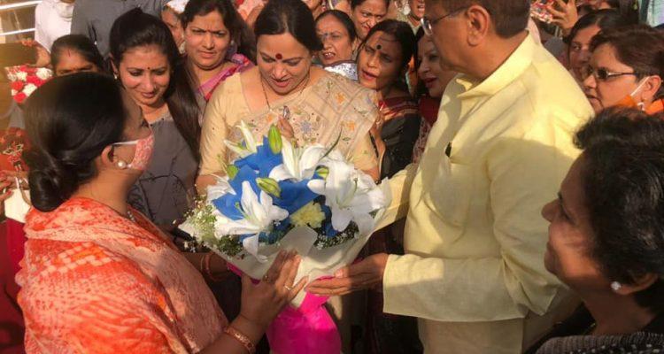 भाजपा के राष्ट्रीय अध्यक्ष श्री जेपी नड्डा जी की धर्मपत्नी श्रीमती मलिका नड्डा जी के आगमन पर भव्य स्वागत किया गया