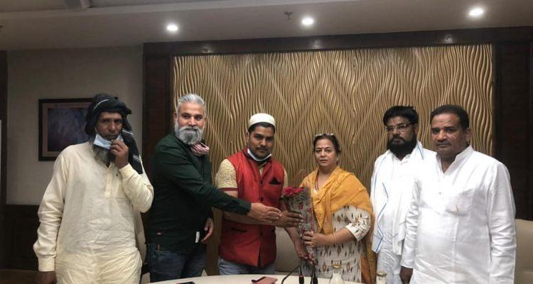 डॉक्टर राजू खान पटोदी को किया गया अल्पसंख्यक मोर्चा का जिला अध्यक्ष नियुक्त